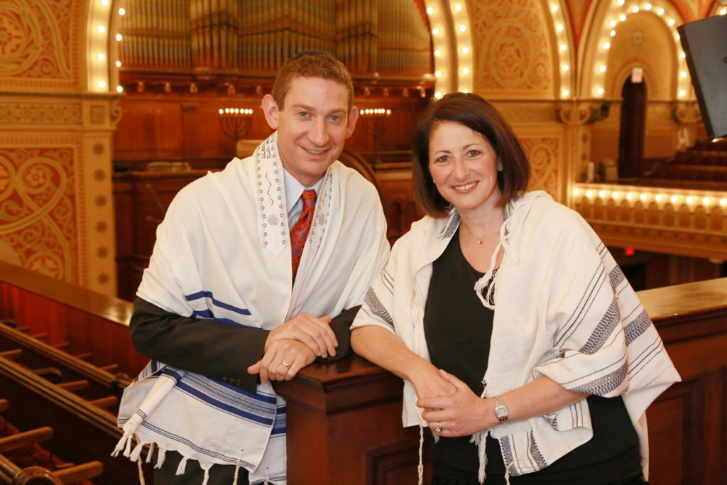 New cantor David Frommer and new senior rabbi Jessica Zimmerman Graf.